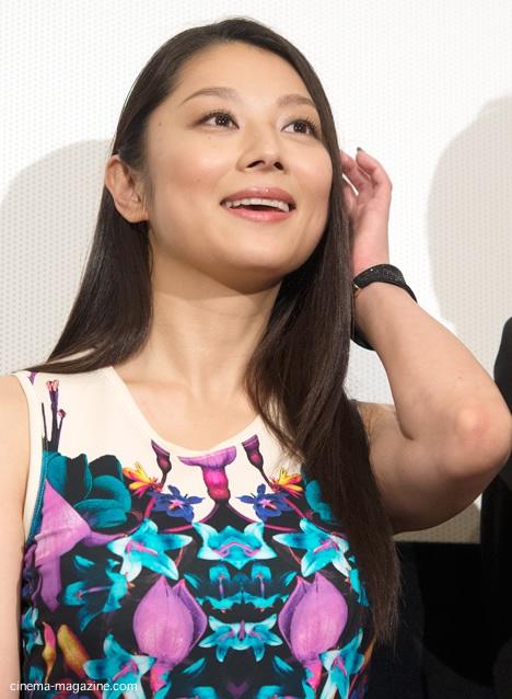 黒髪ロング小池栄子